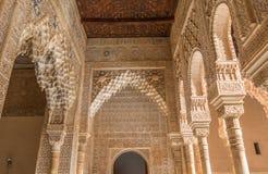 Alhambra Columns principal na Espanha Alhambra Palace fotografia de stock royalty free