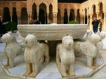 Alhambra Court av lejon Royaltyfri Foto