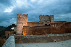 Alhambra de Granada, opinión de la noche Fotos de archivo