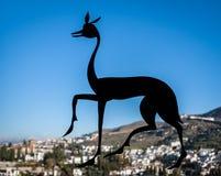 Alhambra Deer Symbol i Granada, Spanien Royaltyfri Fotografi