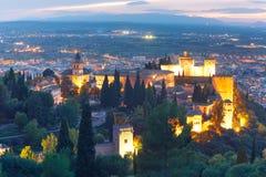 Alhambra no por do sol em Granada, a Andaluzia, Espanha Fotografia de Stock Royalty Free