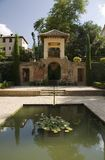 Alhambra - pool and altan Royalty Free Stock Images