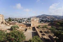 Alhambra Towers und Albaicin-Bezirk Lizenzfreies Stockbild