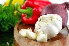 Alho com vegetais Fotografia de Stock Royalty Free
