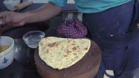 Alho indiano do corte do cozinheiro chefe naan filme