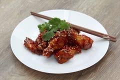 Ali di pollo coreane Immagine Stock