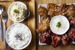Ali di pollo coreane Immagini Stock