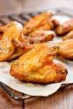 Ali di pollo cotte Fotografie Stock Libere da Diritti