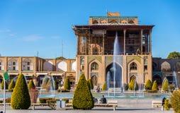 Ali Qapu Palace på den Naqsh-e Jahan fyrkanten i Isfahan Arkivfoto