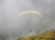 Aliante nelle alpi l'austria Fotografie Stock Libere da Diritti