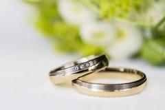 Alianzas de boda Foto de archivo libre de regalías
