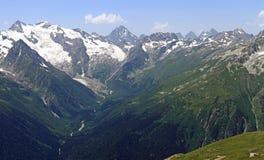 Alibek wąwóz, Główna Kaukaska grań, Kaukaz, Rosja (Alibek dolina) Obrazy Royalty Free