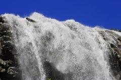 Alibek Wasserfall. Dombay Berge Stockbild