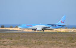 Alicante Airport - Thompson Holiday Flight passenger Plane Royalty Free Stock Images