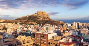 Alicante en Espagne au coucher du soleil image stock