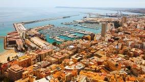 Alicante en haven in dagtijd spanje Stock Afbeeldingen