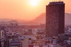 Alicante, Espagne - septembre 2015 : Vue de la ville au coucher du soleil image libre de droits