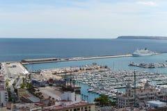 Alicante - la ville en région autonome de Valensiysky photos stock