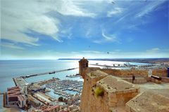 Alicante miasto, Spain, kasztel, Santa Barbara, port, błękit, obrazy royalty free