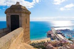 Alicante Postiguet strandsikt från slott Royaltyfri Bild