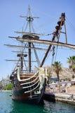 Alicante, Spanien - 30. Juni 2016: Bogen des Schiffs Santisima Trinidad Schiff ist eine genaue Replik des Santisima Trinidad stockfoto