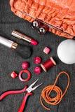 Alicates, gotas, y accesorios para mujer Fotografía de archivo