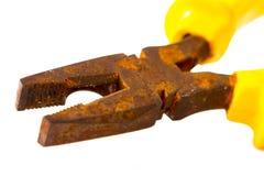 Alicates oxidados realmente viejos Fotografía de archivo