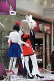 Alice dans des mannequins du pays des merveilles Images stock