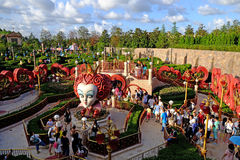 Alice labyrint i Shanghai Disneyland royaltyfri fotografi