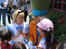 Alice och tokig Hatter Arkivbild