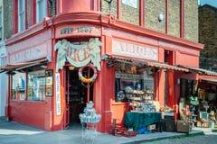 Alice-` s Shop von Portobello-Straße lizenzfreies stockbild