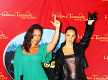 Alicia Keys joins her wax figure Royalty Free Stock Photo