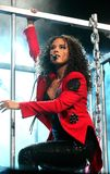 Alicia Keys utför i konsert arkivfoto