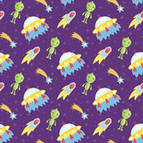 Aliens outer space flying saucer seamless pattern Royalty Free Stock Photos