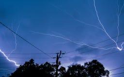 Aligeramiento en una tormenta eléctrica fotografía de archivo