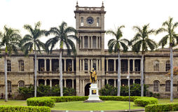 Aliiolani Hale. King Kamehameha statue in front of Ali'iolani Hale, Historic Downtown Honolulu Royalty Free Stock Photo