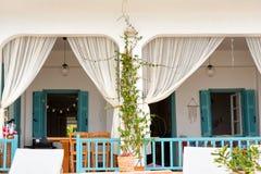 Alikanas, Zakynthos wyspy, Grecja †'Wrzesień 28, 2017: Typowy lato dom na Alikanas plaży, Zakynthos wyspa, Grecja Zdjęcie Royalty Free