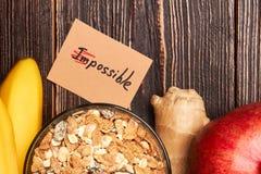 Aliment biologique sur le contexte en bois Photographie stock libre de droits
