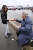 Alimentação dos sem abrigo Imagem de Stock Royalty Free