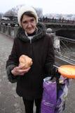 Alimentação dos sem abrigo Imagem de Stock
