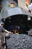 Alimentación de la caldera en la locomotora de vapor Fotos de archivo libres de regalías