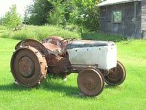 Alimentador de granja viejo Imagen de archivo