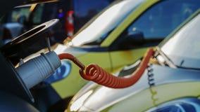 Alimentation d'énergie pour le remplissage de voiture électrique Station de charge de véhicule électrique dans la célébration la  Images libres de droits