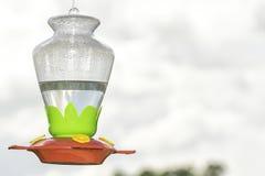 Alimentatore del colibrì fotografie stock
