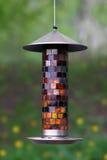 Alimentatore dell'uccello Fotografia Stock Libera da Diritti