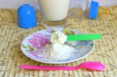 Alimenti per bambini asciutti immagini stock libere da diritti