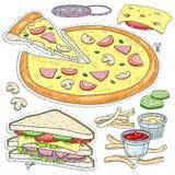 Alimenti a rapida preparazione rassodati, pizza tagliata, panino, formaggio, funghi e salse Immagini Stock Libere da Diritti