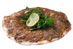 Alimenti a rapida preparazione turchi - Lahmacun Fotografie Stock Libere da Diritti