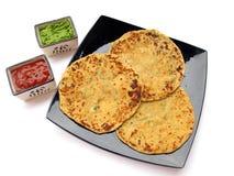 Alimento-Aloo indiano Paratha Fotografia Stock