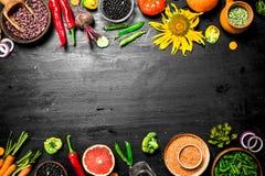 Alimento biológico Producto-vehículos frescos de vegetables imagen de archivo